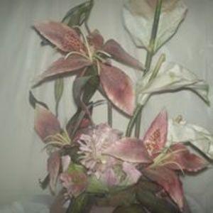 vintage flower arangement pink